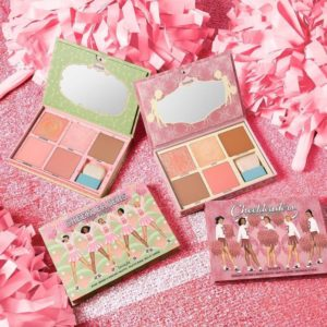Benefit: palette viso Cheekleaders Pink Squad e Cheekleaders Bronze Squad