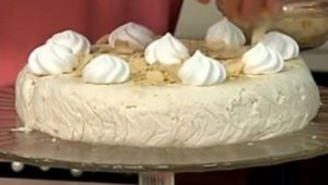 Cotto e mangiato oggi: torta fredda alle meringhe di Tessa Gelisio