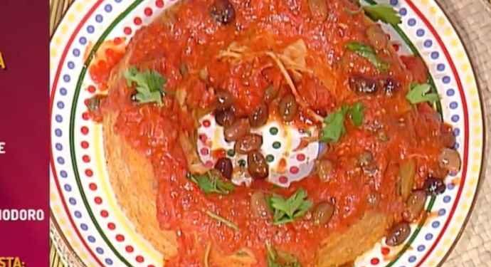 La prova del cuoco ciambellone di spaghetti alla puttanesca