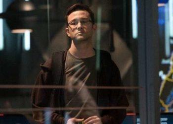Snowden Trama e cast