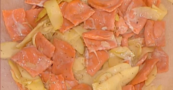 La prova del cuoco ravioli rossi con salsa