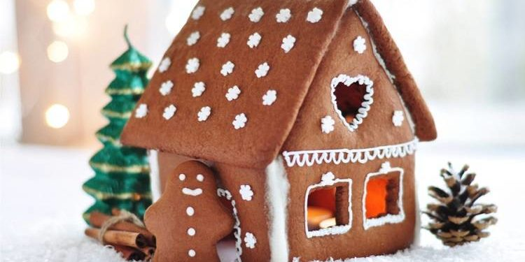 Natale cliccandonews casetta di pan di zenzero
