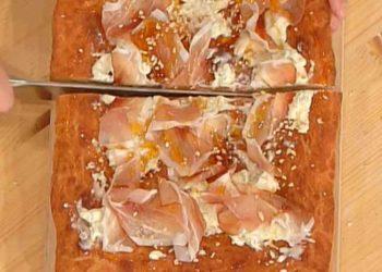 La prova del cuoco pizza imbottita ricotta formaggi