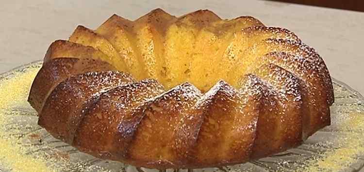 Cotto e mangiato torta di mais