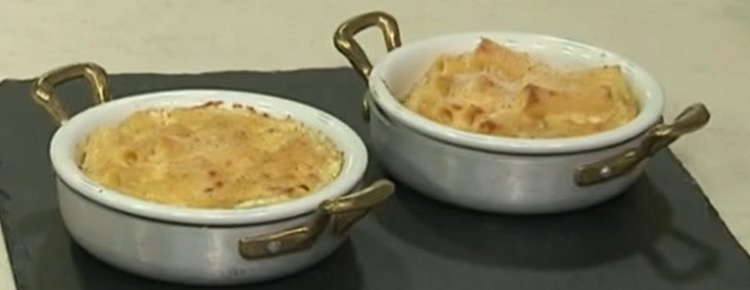 Mac and cheese pasta formaggio è sempre mezzogiorno