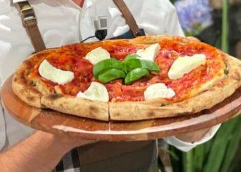 Pizza multistrato è sempre mezzogiorno